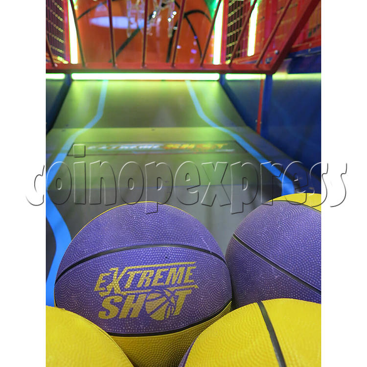 Extreme Shot Basketball Machine 36299