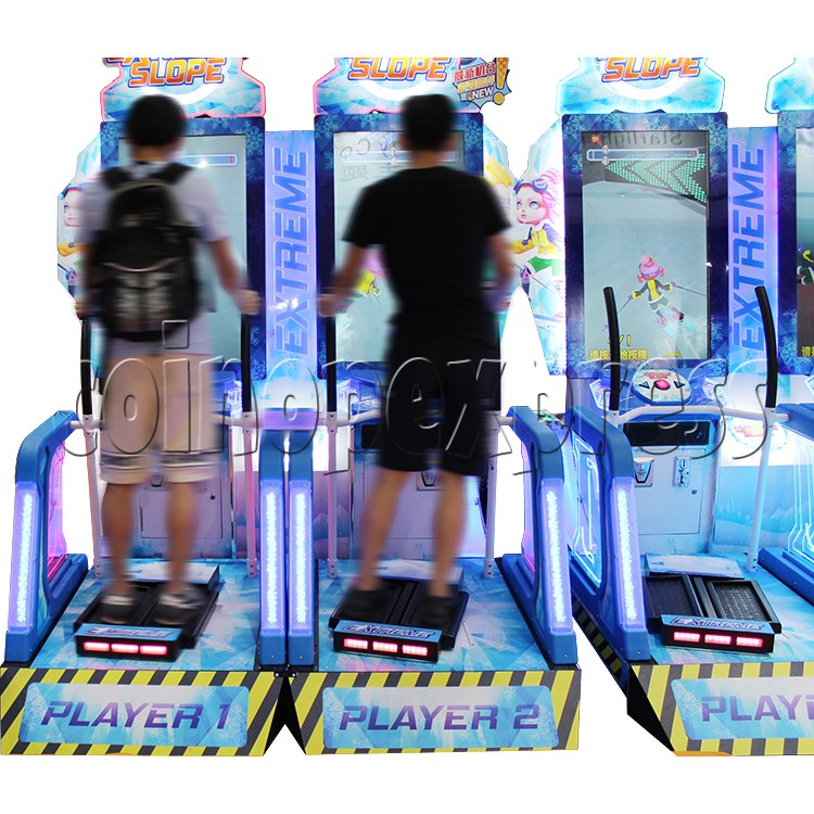 Extreme Slope Ticket Redemption Arcade Machine - play view 2
