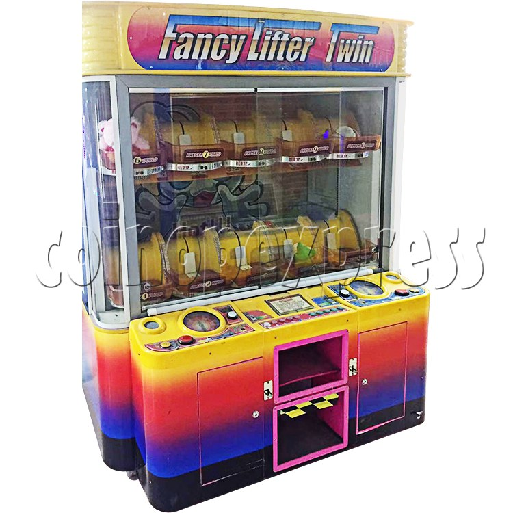 Fancy Lifter Twin Prize Machine - left view
