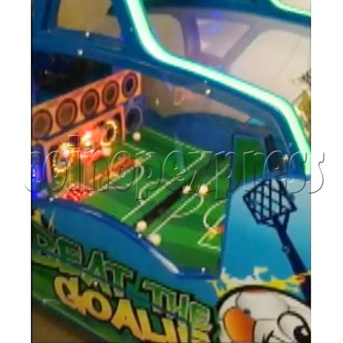 Beat the Goalie Balls Shooter Game 33801