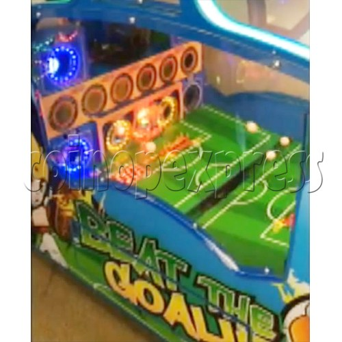 Beat the Goalie Balls Shooter Game 33803